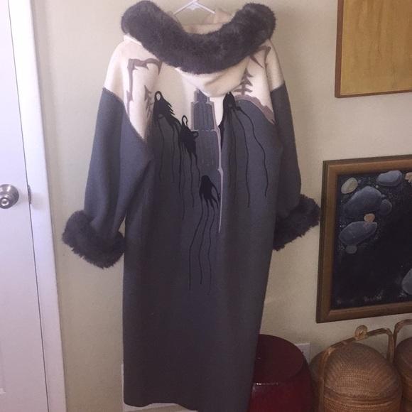 7962ca5dd59 Vintage unique rare wool coat with amazing detail